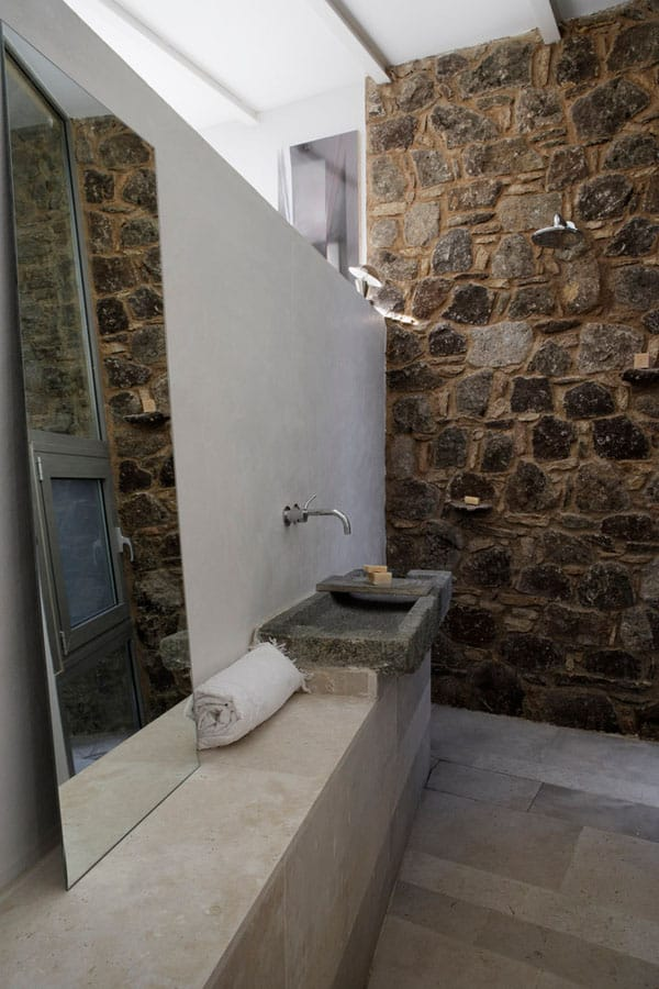 Stone Wall Bathroom-21-1 Kindesign