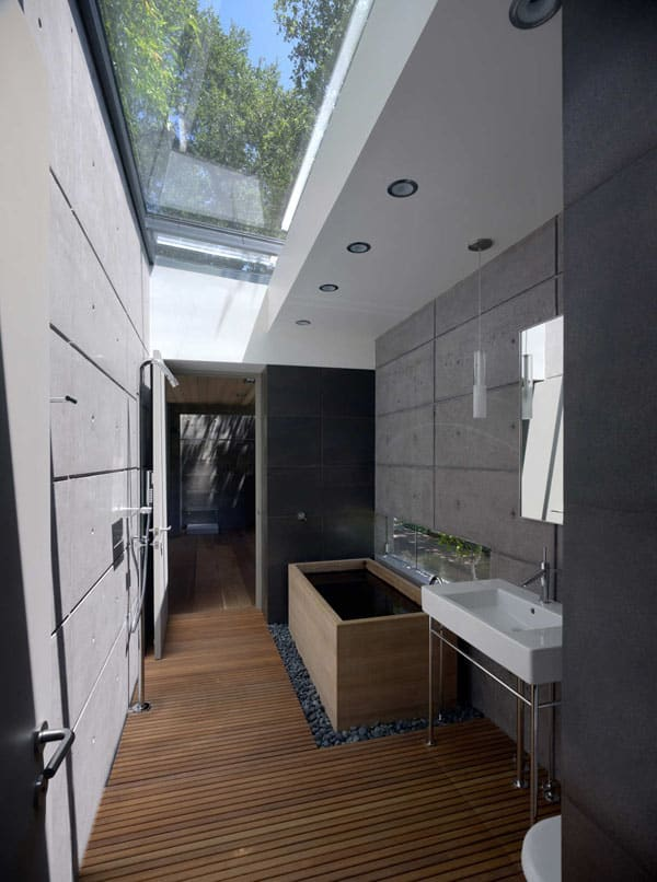 Stone Wall Bathroom-47-1 Kindesign