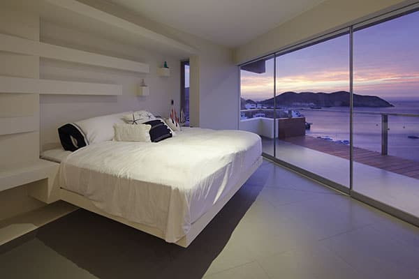Veronica Beach House-Longhi Architects-17-1 Kindesign