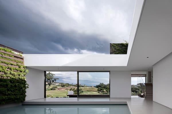 Casa HS na Quinta da Baroneza-Studio Arthur Casas-12-1 Kindesign