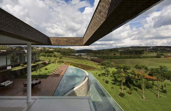 Casa HS na Quinta da Baroneza-Studio Arthur Casas-18-1 Kindesign