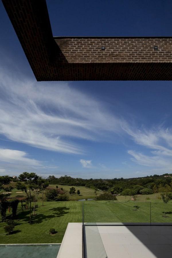Casa HS na Quinta da Baroneza-Studio Arthur Casas-20-1 Kindesign