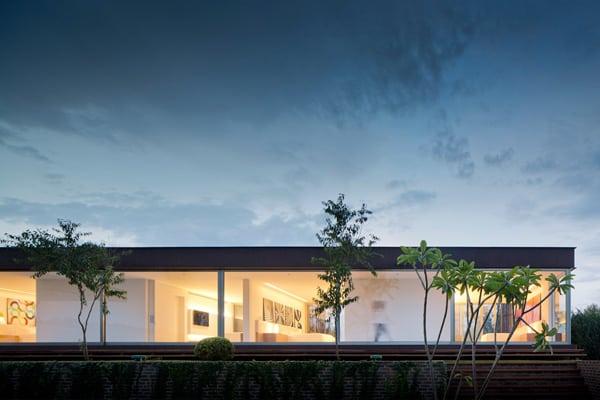 Casa HS na Quinta da Baroneza-Studio Arthur Casas-42-1 Kindesign