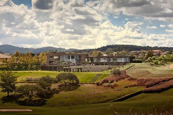 Casa HS na Quinta da Baroneza-Studio Arthur Casas-44-1 Kindesign