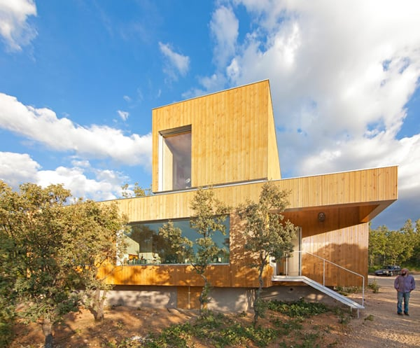 featured posts image for Rural living in the Somosierra mountain range: Ex House