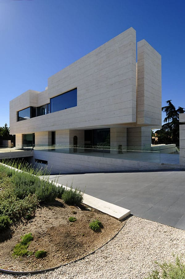 House in Las Rozas-A-cero Architects-03-1 Kindesign