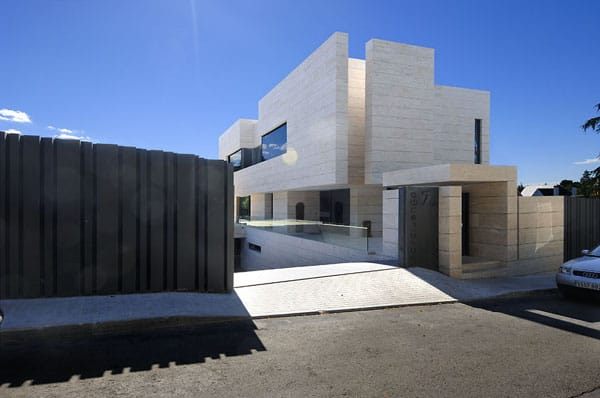 House in Las Rozas-A-cero Architects-04-1 Kindesign
