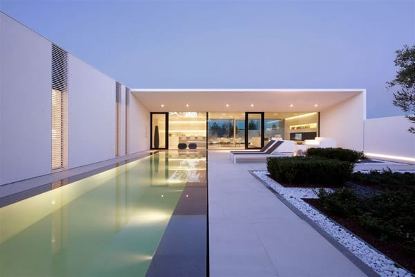 featured posts image for Jesolo Lido Pool Villa in Italy by JM Architecture