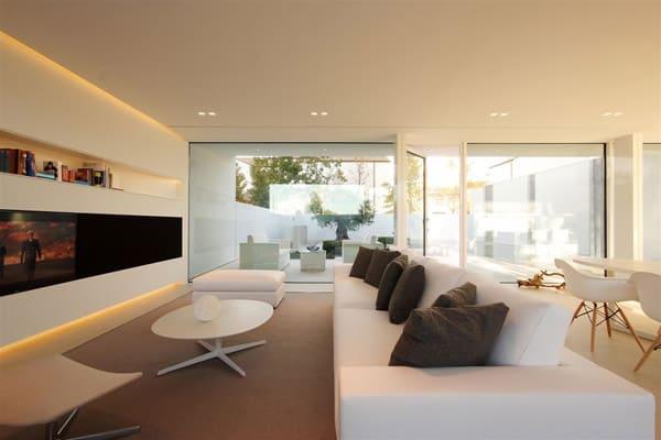 Jesolo Lido Pool Villa-JM Architecture-03-1 Kindesign
