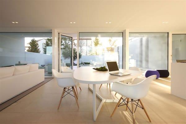Jesolo Lido Pool Villa-JM Architecture-07-1 Kindesign