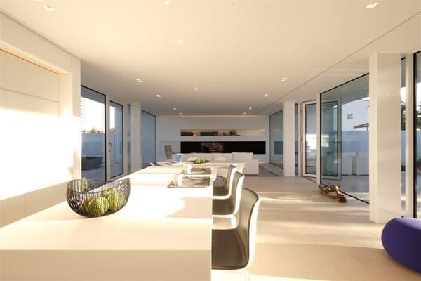 Jesolo Lido Pool Villa-JM Architecture-09-1 Kindesign