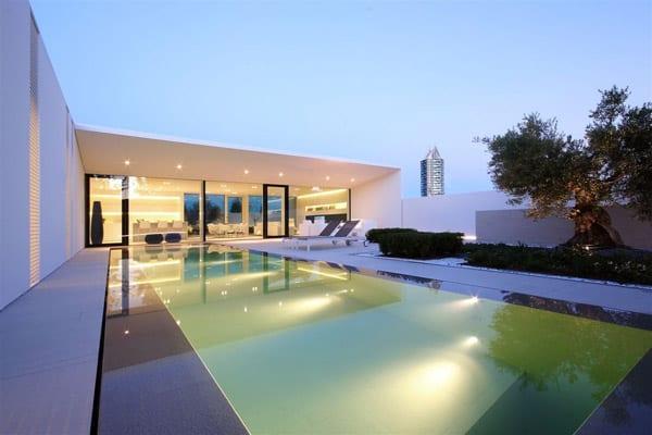 Jesolo Lido Pool Villa-JM Architecture-21-1 Kindesign