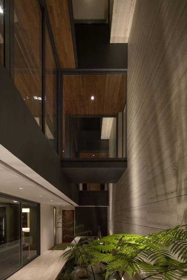 Travertine Dream House-Wallflower Architecture-18-1 Kindesign