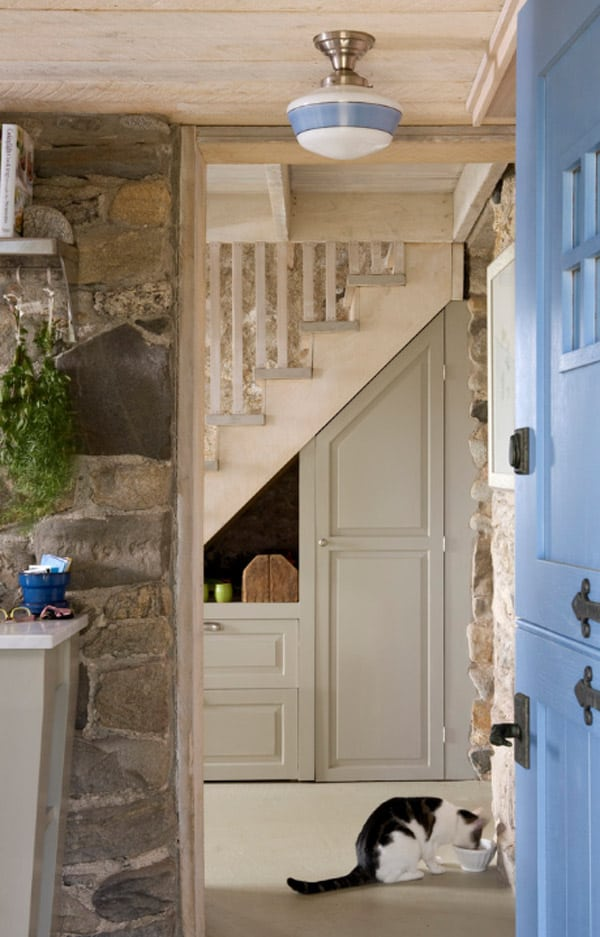 Under Stairs Storage Ideas-23-1 Kindesign