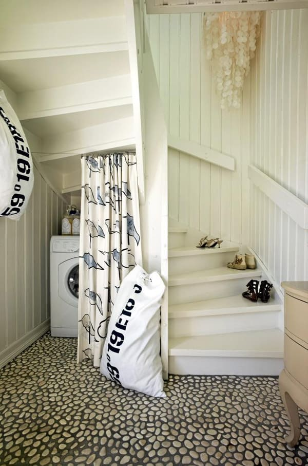 Under Stairs Storage Ideas-24-1 Kindesign