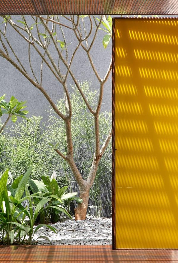 AH House-Studio Guilherme Torres-11-1 Kindesign