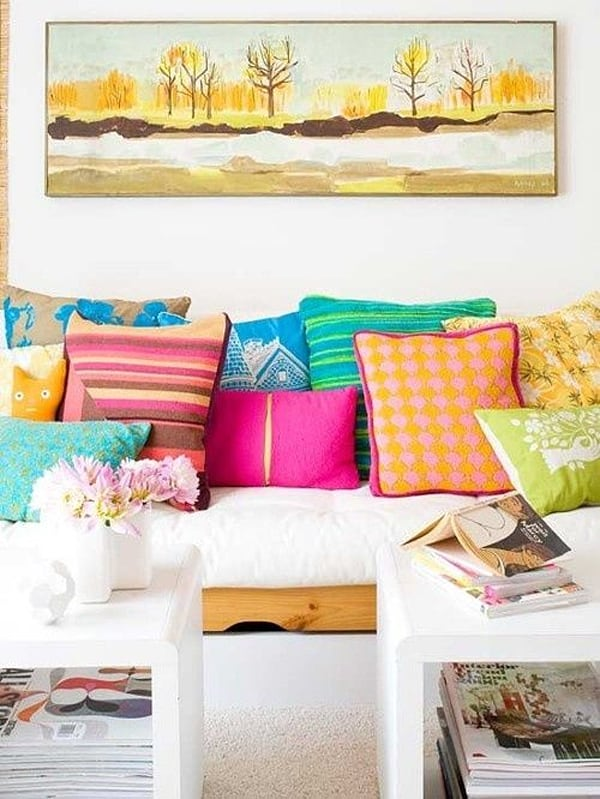 Colorful Living Room Design Ideas-18-1 Kindesign