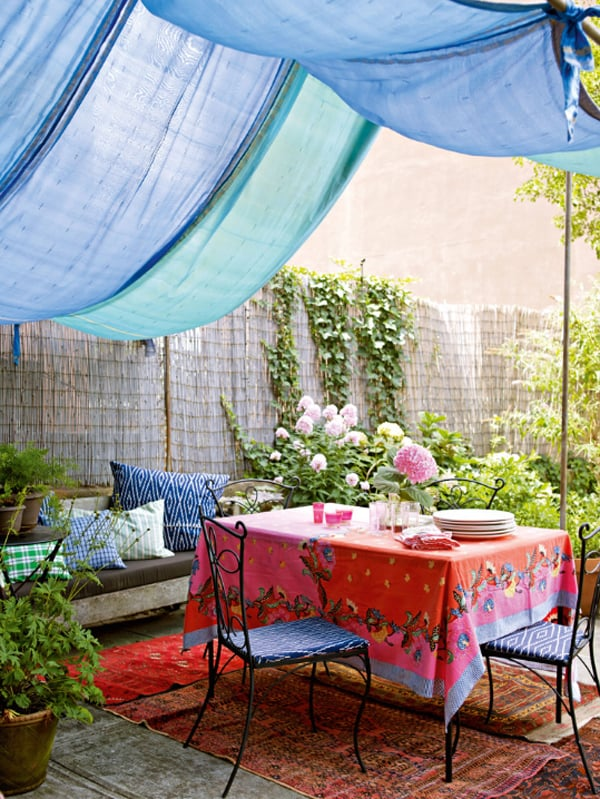 Colorful Outdoor Living Spaces-05-1 Kindesign