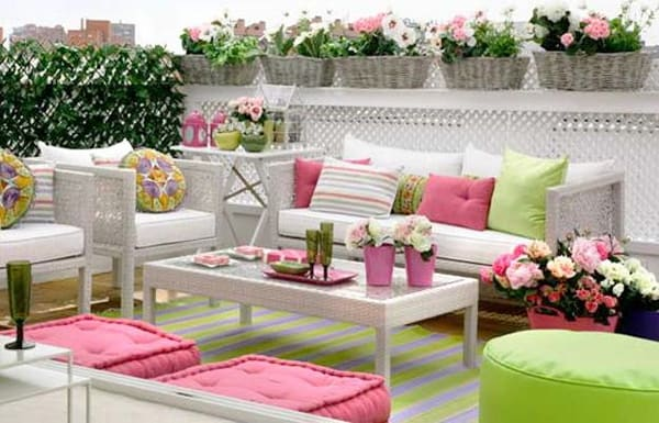 Colorful Outdoor Living Spaces-16-1 Kindesign