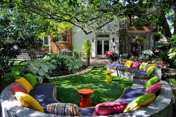 Colorful Outdoor Living Spaces-19-1 Kindesign