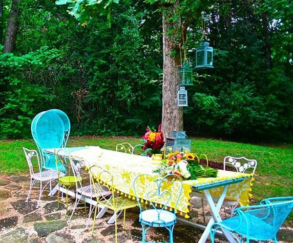 Colorful Outdoor Living Spaces-51-1 Kindesign
