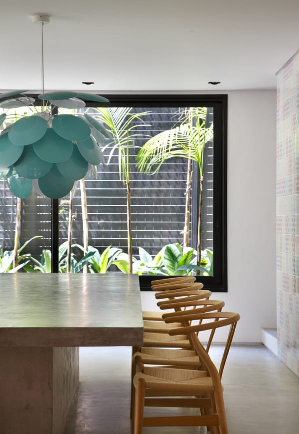 DM House-Studio Guilherme Torres-07-1 Kindesign