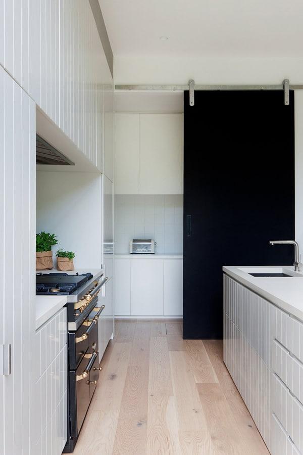 Elwood House-Robson Rak Architects-19-1 Kindesign