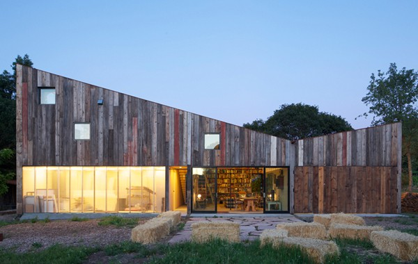 Meier Road Barn-Mork Ulnes Architects-16-1 Kindesign