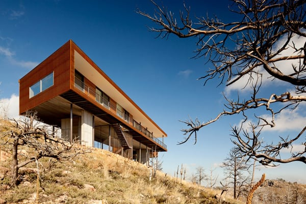 featured posts image for The Sunshine Canyon Residence by THA Architecture