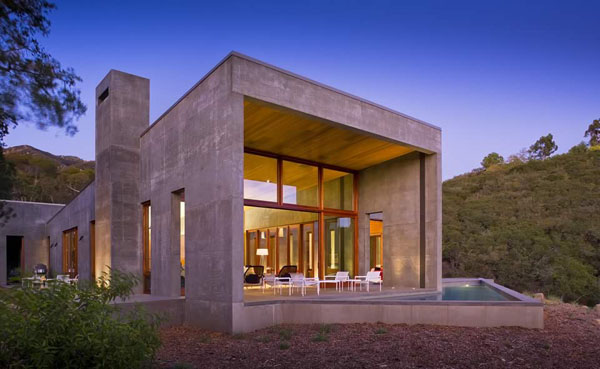 featured posts image for Modern concrete and glass home: Toro Canyon Residence