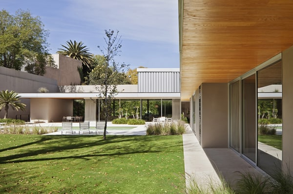 AA House-Parque Humano-04-1 Kind Design