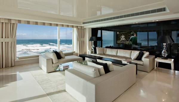 featured posts image for Luxury beach apartment in Tel Aviv by Daniel Hasson