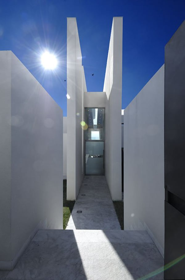 Camarines House-A-cero-04-1 Kindesign