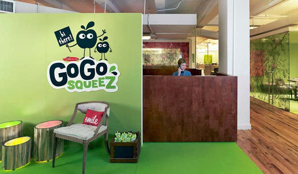 GoGo squeeZ Decal-Signazon-02-1 Kindesign
