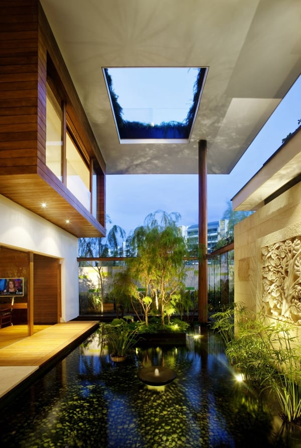 Interior Courtyard Garden Ideas-02-1 Kindesign
