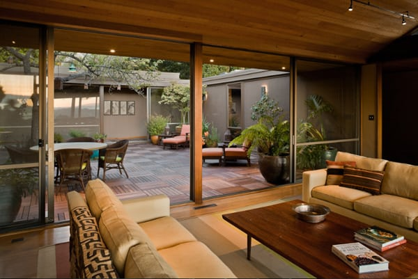 Interior Courtyard Garden Ideas-14-1 Kindesign