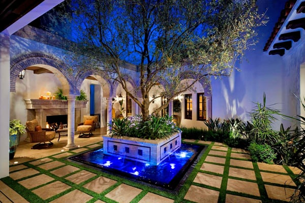 Interior Courtyard Garden Ideas-20-1 Kindesign