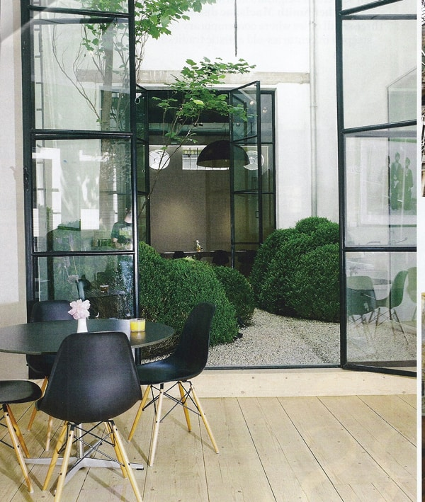 Interior Courtyard Garden Ideas-21-1 Kindesign
