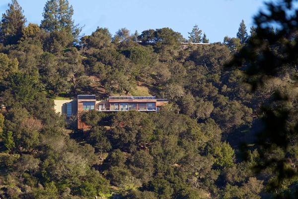 Kentfield Hillside Residence-Turnbull Griffin Haesloop-02-1 Kindesign