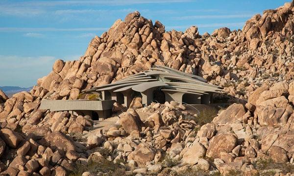 The Desert House-Kendrick Bangs Kellogg-02-1 Kindesign