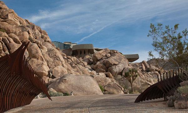 The Desert House-Kendrick Bangs Kellogg-04-1 Kindesign