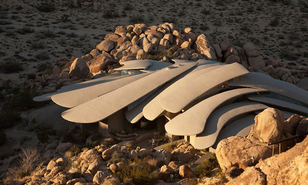 The Desert House-Kendrick Bangs Kellogg-10-1 Kindesign