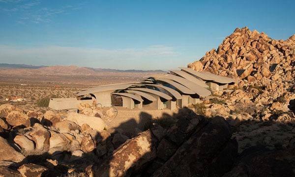 The Desert House-Kendrick Bangs Kellogg-12-1 Kindesign