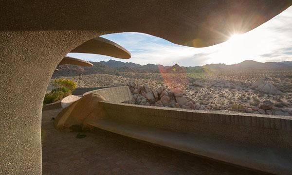The Desert House-Kendrick Bangs Kellogg-16-1 Kindesign