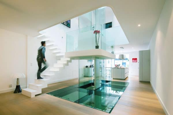 featured posts image for Luminous townhouse renovation in France: White House