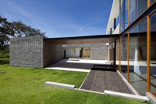 Casa 2V-Diez Muller Arquitectos-05-1 Kindesign