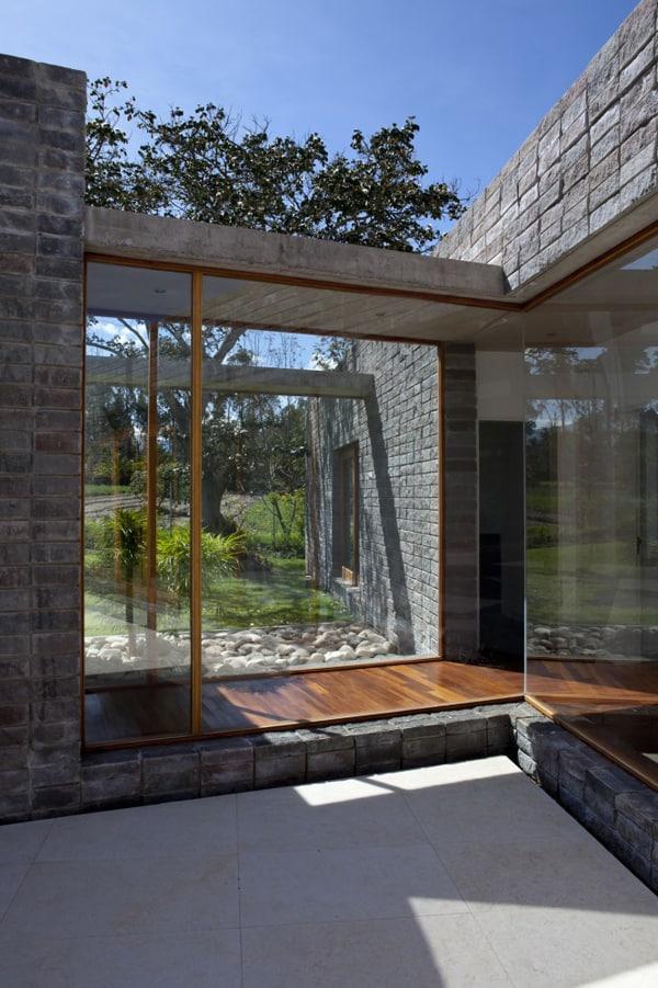 Casa 2V-Diez Muller Arquitectos-07-1 Kindesign
