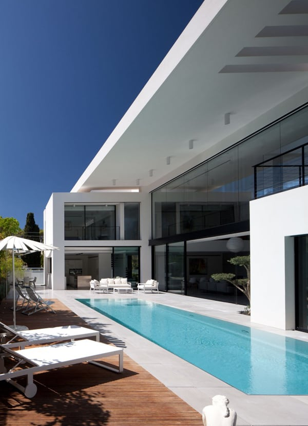 featured posts image for Contemporary Bauhaus on the French Carmel, Israel