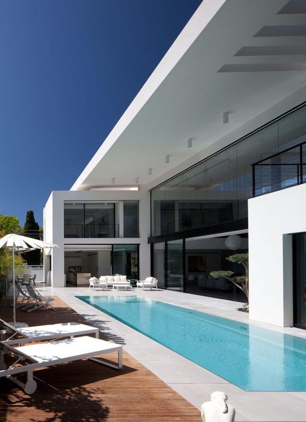Contemporary Bauhaus on the Carmel-Pitsou Kedem Architects-01-1 Kindesign