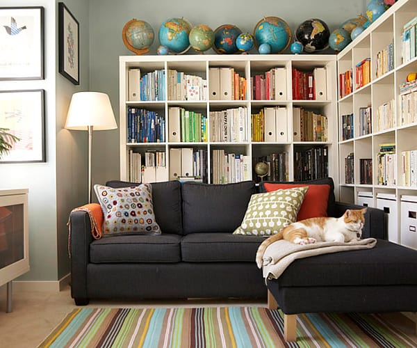 Cozy Living Spaces with Books-16-1 Kindesign